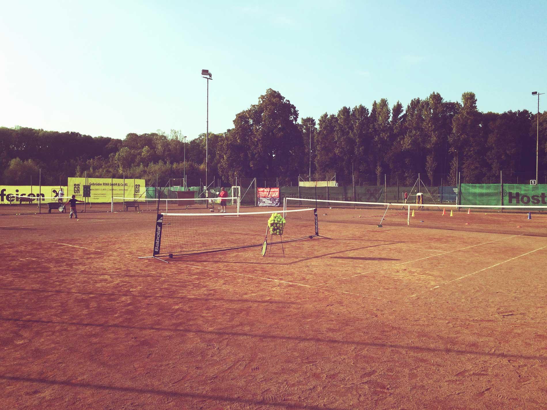 Tennisplatz des TC-Weikendorf
