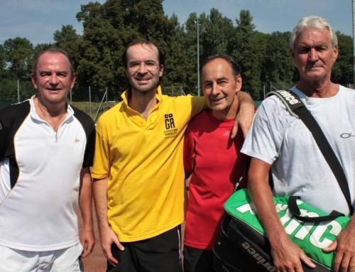 Tennis-Freundschaftsspiel gegen internationale Stars